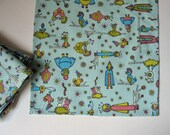 Cloth Napkins with Alien Love Birds Light Blue, perfect set for kids lunchbox