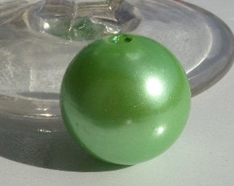 24mm. Green Pearl Acrylic Beads, Round, Lawn Green, 24mm,  3mm hole, C6