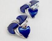 Vintage earrings thermoset flower heart cobalt plastic clip on vtg 1950s