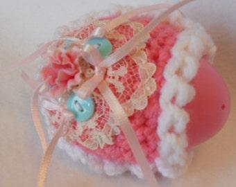 Faux Sugar Diorama Egg Cover, Crochet