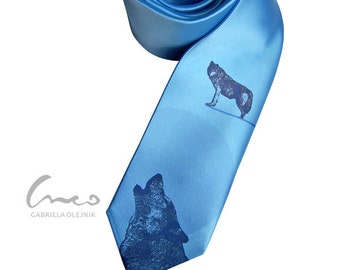 Wolf tie. Print on narrow necktie - present for men