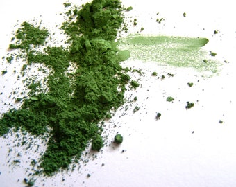 Mineral Makeup Eyeshadow - Leaf Green Matte Eyeshadow -  Bright Green Eyeliner - Green - Vegan Makeup
