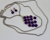 Vintage Trifari Purple Lucite Dangle Runway Necklace and  lip on earrings #352