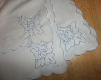 """12 Vintage  Pure Linen Napkins Hand Embroidery...Cutwork.... Perfect Condition...16"""" sq."""