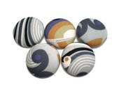 Fabric Covered Buttons Beach Waves Handmade Buttons Pack of 5 Black White Grey Purple Mustard Yellow Olive Green