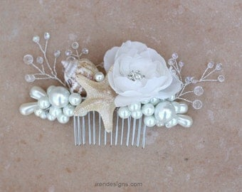 Set of one beach wedding hair comb and two bobby pins.