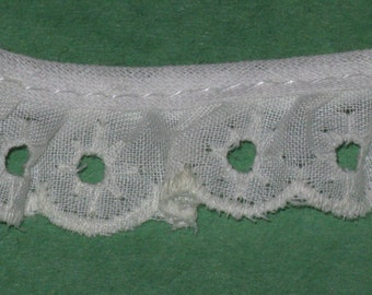 "Vintage Cotton Eyelet Lace Trim Off White Ivory   1 Yard 3/4"" Wide Scalloped Edge Ruffled Embroidered"