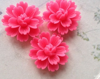 26 mm Hot Pink Chrysanthemum Resin Flower Cabochons (B)(.gm).