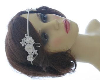 Vintage style bridal headpiece, wedding halo, forehead band - Dainty