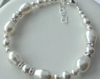 Swarovski Crystal Pearl Bracelet, Bride Bracelet, Bridesmaid Bracelet, Mother of Bride, Mother of Groom Bracelet, Wedding Bracelet