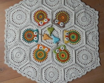 OWL AFGHAN made with 100% merino wool by ATERGcrochet