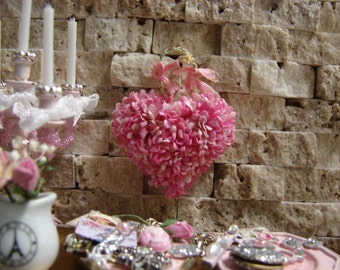 Dollhouse Miniature Shabby Chic Pink Vintage Style Wall Art Vintage Heart Shaped Flowers