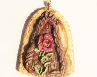 Fairy Door pendant rose wooden door with brass bale