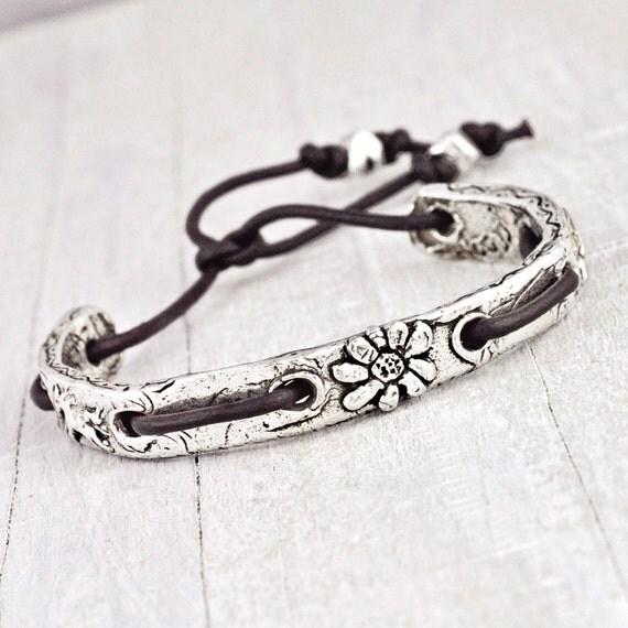 Beauty Lies in Freedom-Cuff Bracelet - Leather Bracelet - Sun Bracelet - B299
