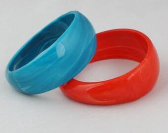 Pair of Marbled Vintage Bangles in Orange and Blue