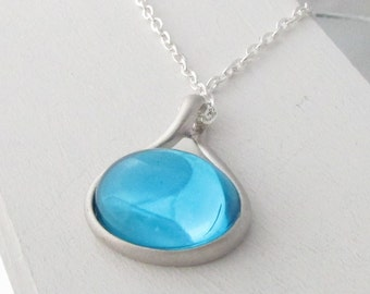 "Necklace Vintage Swarovski Crystal Rare Teal Cabochon in Modern Teardrop Pendant 16"" Length Chain"
