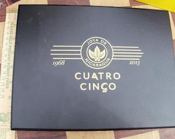 Cuatro Cinco La Joya Special Black Cigar Box Gold Logo Low Chest Desk Drawer Organizer