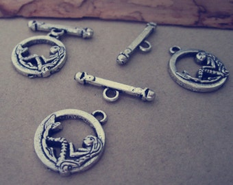 10 pcs antique silver mermaid Dotted Toggle Clasps