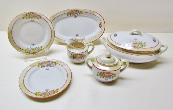 Vintage Toy Dishes