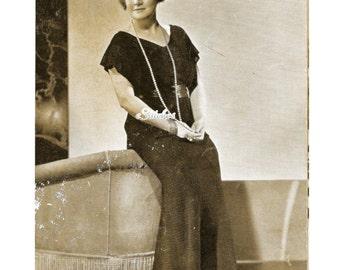 1930s Lacy Evening Dress with V Neckline & Flutter Sleeves - Crochet Pattern PDF 3900