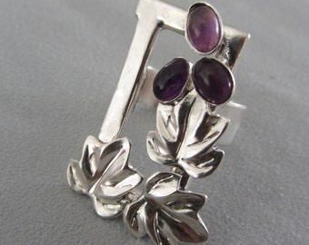 Sterling Silver Amethyst Grapes Ring - Unique design Ring - Artistic jewelry - Size 6 1/2