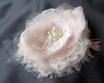 Bridal Hair Fascinator, Blush Ivory Clip, Organza Lace Clip, Wedding Accessory, REX14-143