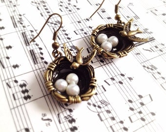 Bird Nest Charm Earrings. Bird Jewelry. Mother's Day Jewelry. Three Children. White Pearl. Vintage Style. Antique Gold. Black. Romantic.