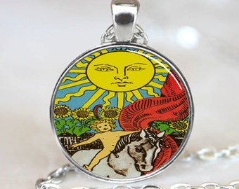 Tarot card Pendant, Tarot Card Necklace, Tarot card jewelry, Tarot Card Charm (PD0421)
