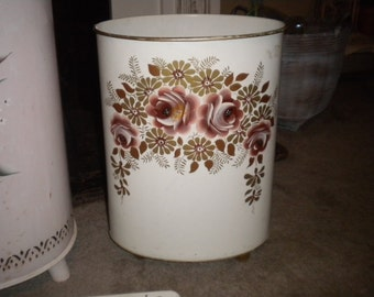 Pretty Tole Waste paper Pail, Shabby Chic, French Country, Rose Lover, Eclectic Bath