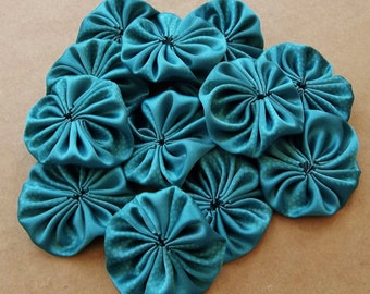 blue spruce green textured designs polyester satin fabric yoyos--lot of 12--ready to ship