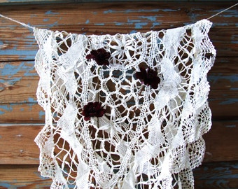 Vintage White Handmade Tablecloth Lace
