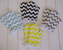 Sale-Pair of Chevron Oven Mitts or Pot Holders in Black, Gray, Yellow or Aqua Blue