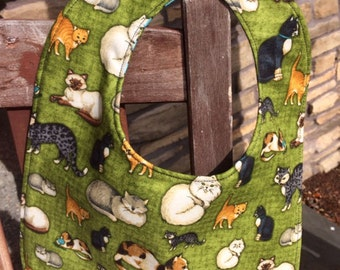 TODDLER BIB: Cats on Green by Debbie Mumm, Personalization Available