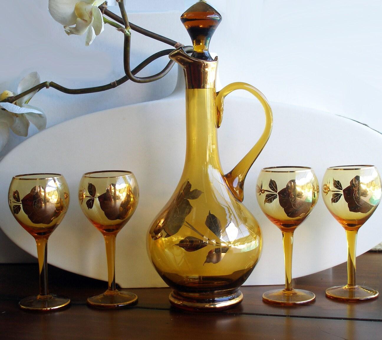 beautiful vintage amber wine decanter set gold rose design. Black Bedroom Furniture Sets. Home Design Ideas