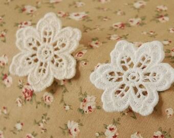 5 pcs  lace Leisibutie  pendant finding
