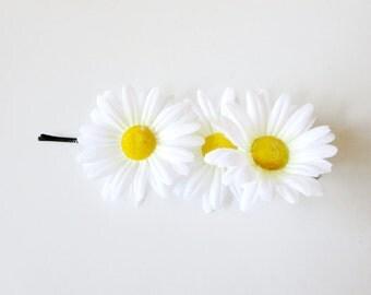 sale Silk Daisy  bobby pins -  Floral pins -wedding  daisy pins- hippie bobby pins, woodland wedding wreath