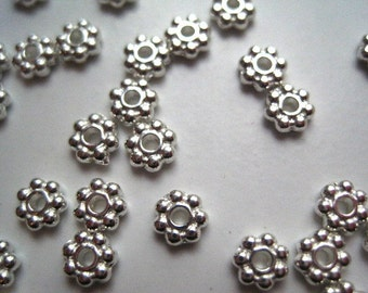 Daisy Spacer Bead, Flower Spacer Bead, 44 grams, Approx 300 pcs 4mm Antique Silver Color Spacers, Lead Free, Cadmium Free