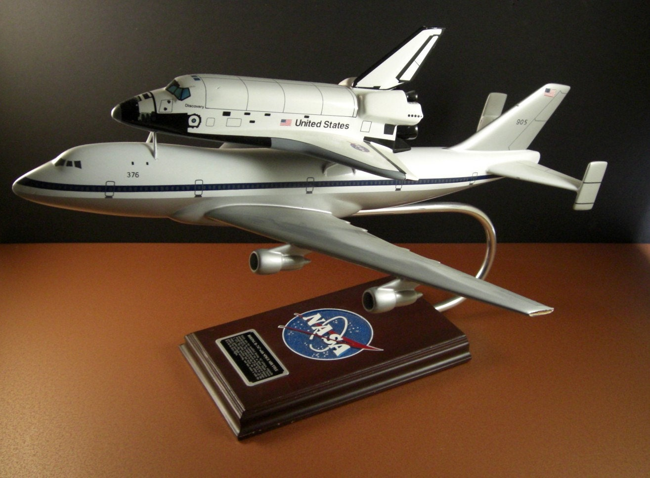 discovery space shuttle model - photo #29