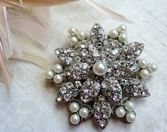 Ex-Large White Pearls Rhinestone Pewter SILVER or GOLDMetal Brooches Embellishment Button Brooch Bouquet Sash Wedding Dress