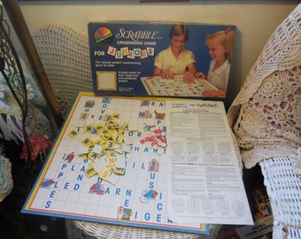 1987 Scrabble Brand Crossword Game Selchow & Righter / Home Schooling/ Learning/ Spelling /Reading  :)S
