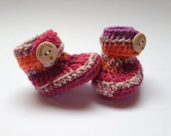 Crochet baby booties great babyshower gift! Free shipping! Baby booties babyshower