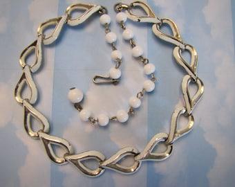 Vintage 1950s Coro Choker Necklace white beads Jewellery Hallmarked Coro Des Pat Pend Jewelry