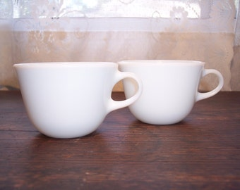 Pyrex tea cup set of two Pyrex Corning white tea cups
