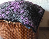 Wool blanket, throw blanket hand knit in chunky pure wool. Bed foot in violets and black. Traveling rug in natural yarn. Wedding gift.