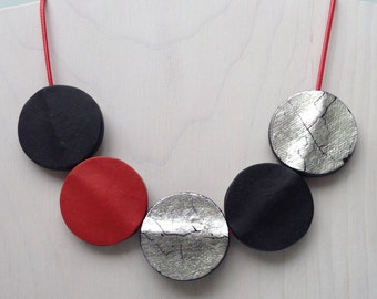 Black red and silver versatile necklace
