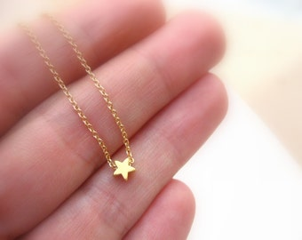 Tiny Gold Necklace, Bridesmaids Necklace, Small Gold Necklace, Dainty Gold Necklace, Little Star Necklace, Bridesmaids Jewelry Gold Necklace