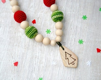 Christmas tree Nursing necklace,Teething necklace,wooden teether,Eco babywearing bead,art work jewelry,mom drawing on necklace