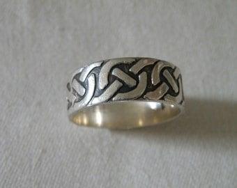 Men's Sterling Silver Celtic Knot Ring - Size 12 3/4 U.S.