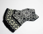 Hand knit mittens, gloves, pure wool, warm winter accessory, black and gray, fall accessories READY TO SHIP