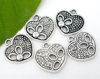 5 pieces Antique Silver Valentine Flower Heart Charms